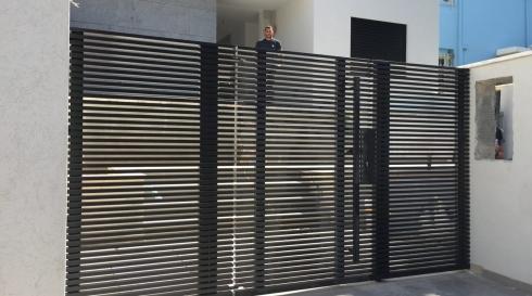 שער כניסה לבית יוקרתי מאלומיניום